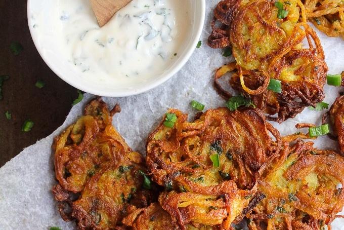 Crispy-Onion-Bhajis-4